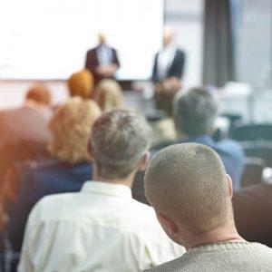 Die Wessely GmbH bietet Schulungen für Mitarbeiter an